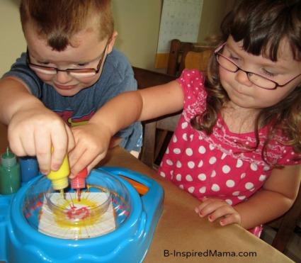 Spin Art, Bunting, Art, Arts & Crafts, Parenting, Kids, crafts, DIY, paint, moms